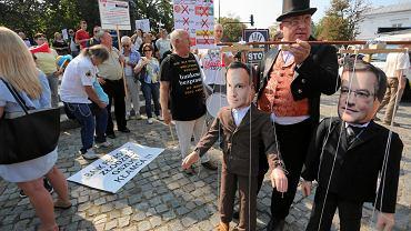 10.09.2016, Warszawa, demonstracja frankowiczów 'Stop bankowemu bezprawiu'
