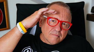 Jerzy Owsiak w biurze WOŚP