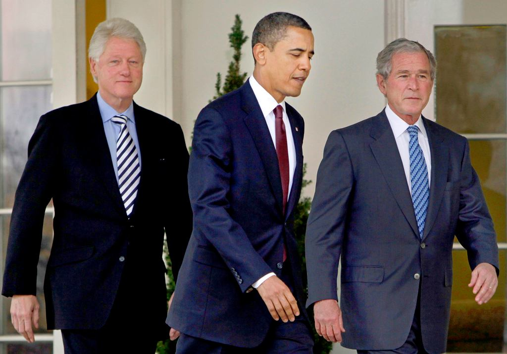Byli prezydenci USA Bill Clinton Barack Obama i George W. Bush