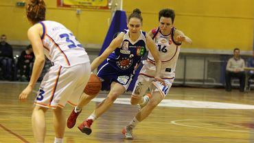 Puchar Polski koszykarek: MKS MOS Konin - KSSSE AZS PWSZ Gorzów 60:50