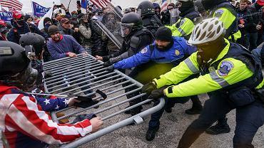 Zamieszki przed budynkiem Kapitolu