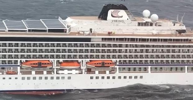 Akcja ratunkowa statku Viking Sky w bardzo trudnych warunkach. Wideo