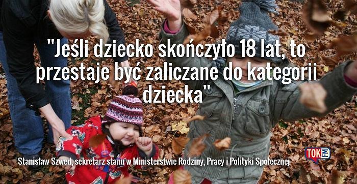 Wiceminister tłumaczy, do kiedy będzie wypłacany zasiłek 500 zł na dziecko