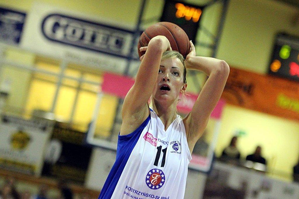Tauron Basket Liga Kobiet: KSSSE AZS PWSZ Gorzów - Artego Bydgoszcz 65:71 (21:16, 13:13, 7:25, 24:17)