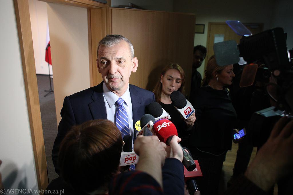 _Czwarty dzien negocjacji nauczycieli z rzadem - spodziewanym ogolnopolskim strajkiem w oswiacie