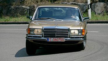 Mercedes 450 SEL 6.9:
