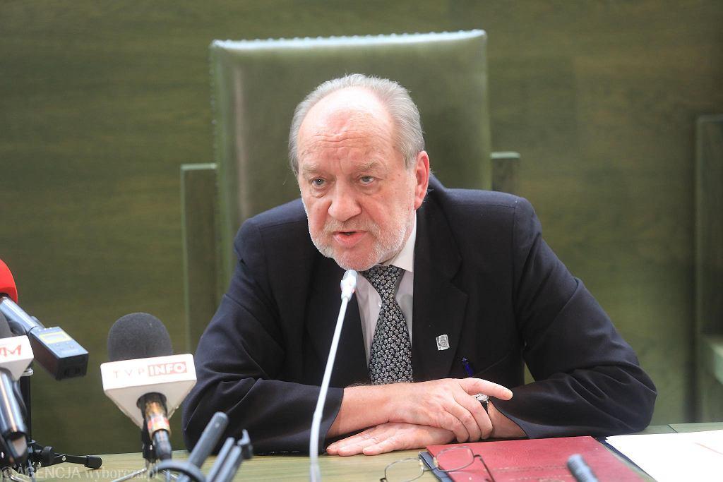 Sędzia SN Józef Iwulski podczas konferencji. Warszawa, 4 lipca 2018