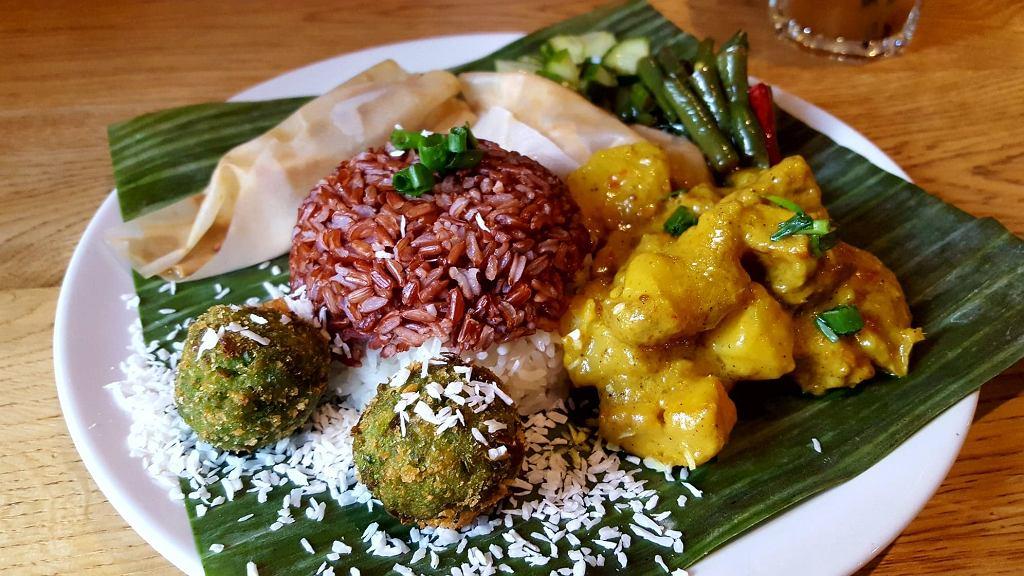 wegetariańskie dania z menu Warung Jakarta