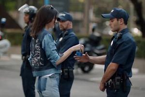 Kendall Jenner w reklamie Pepsi