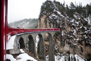 Najpiękniejsze trasy kolejowe świata [TOP 10]