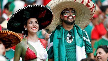 Kibice Meksyku oglądają mecz z Brazylią