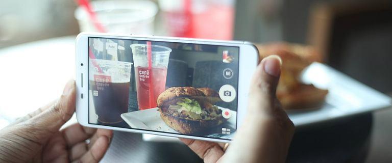 Niedrogie smartphony z dobrym aparatem: idealne na wakacje i nie tylko!
