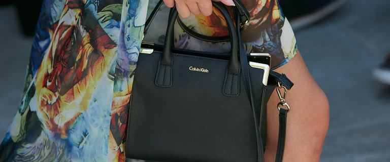 Stylowe torebki cenionej marki Calvin Klein. Modele na różne okazje. Wiele z nich kupisz teraz taniej!