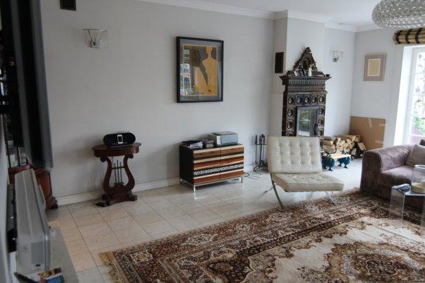 Zdjęcie numer 16 w galerii - Odeta Moro pokazała dom. Jest pełen oryginalnych i wiekowych dodatków.  Nigdy nie zgadniecie, co postawiła w łazience