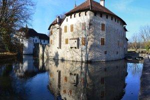 Zamek Hallwyl - Szwajcaria mniej znana, bo od strony wody