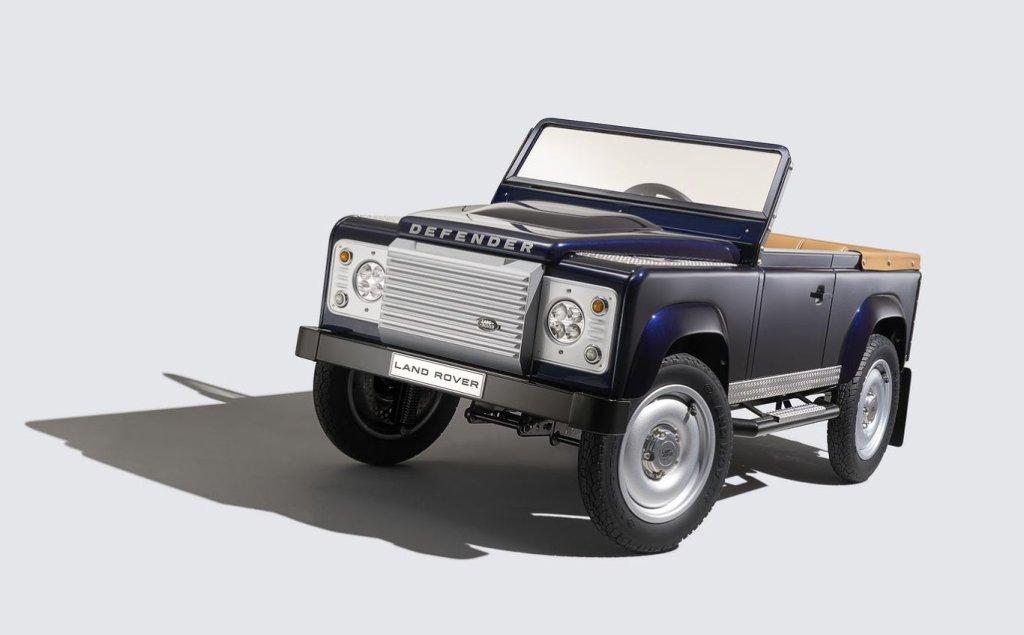 Land Rover Defender na pedały