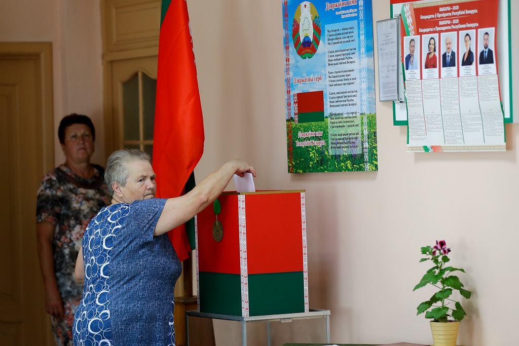 Białoruś. Przedterminowe głosowanie w wyborach prezydenckich.