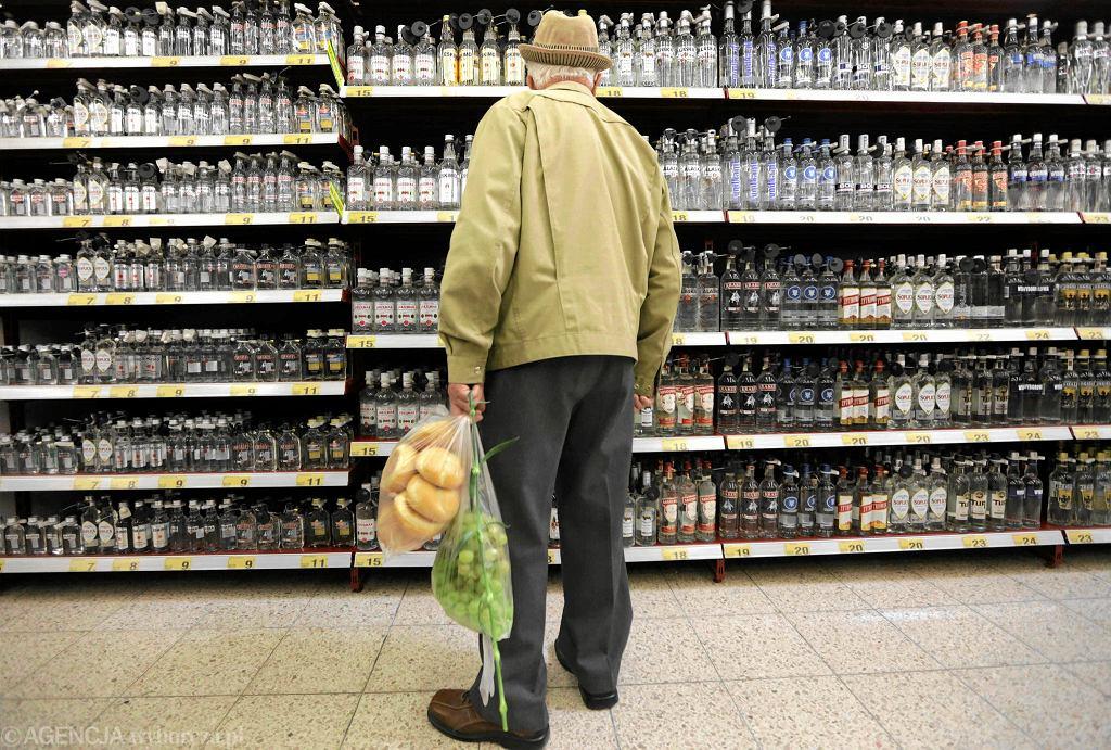 W sklepie z alkoholem