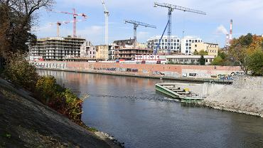 Położona w centrum Wrocławia Kępa Mieszczańska to teraz wielki plac budowy