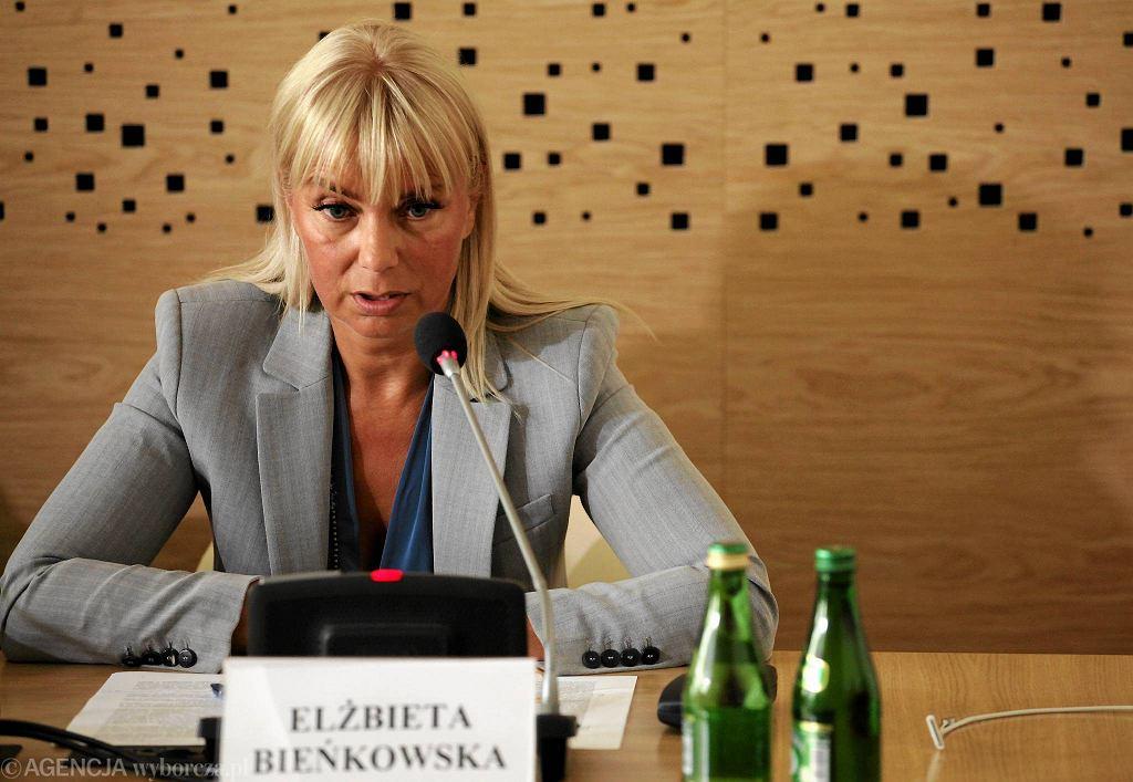 Elżbieta Bieńkowska podczas posiedzenia sejmowej komisji do spraw Unii Europejskiej, która opiniowała ją na stanowisko Komisarza UE
