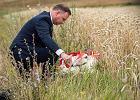75. rocznicy rzezi wołyńskiej. Prezydent Andrzej Duda na Ukrainie składa wieniec w miejscu, gdzie niegdyś znajdowała się Kolonia Pokuta, której polskich mieszkańców zamordowano.