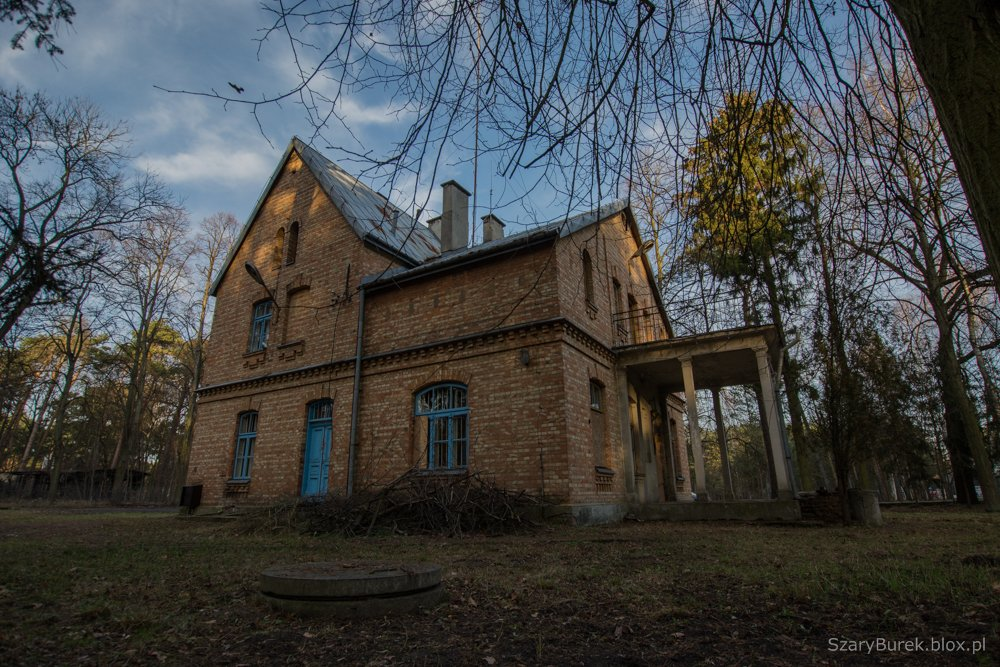 Opuszczony komisariat w Konstancinie