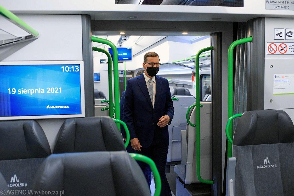 Premier Mateusz Morawiecki w Bydgoszczy odwiedził spółkę Pesa