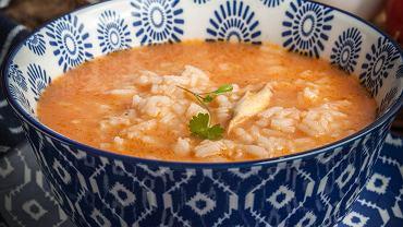 Zupa pomidorowa ze świeżych pomidorów. Zdj. ilustracyjne