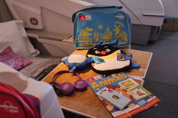 Zabawki dla dzieci podróżujących samolotami Emirates