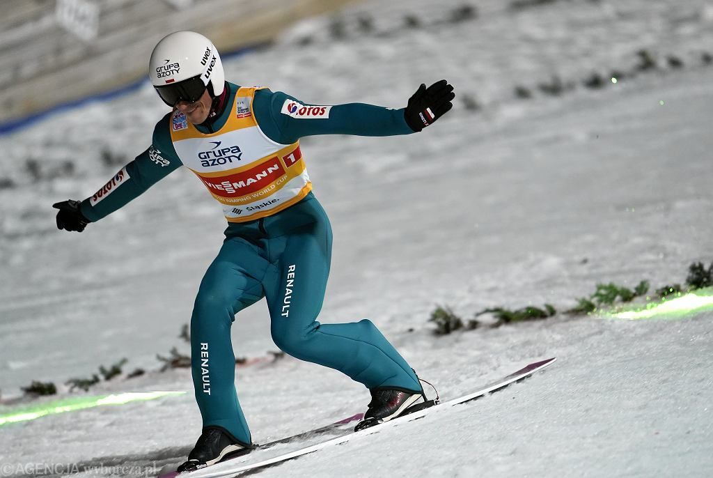 Piotr Żyła podczas konkursu skoków narciarskich w ramach Pucharu Świata w Wiśle