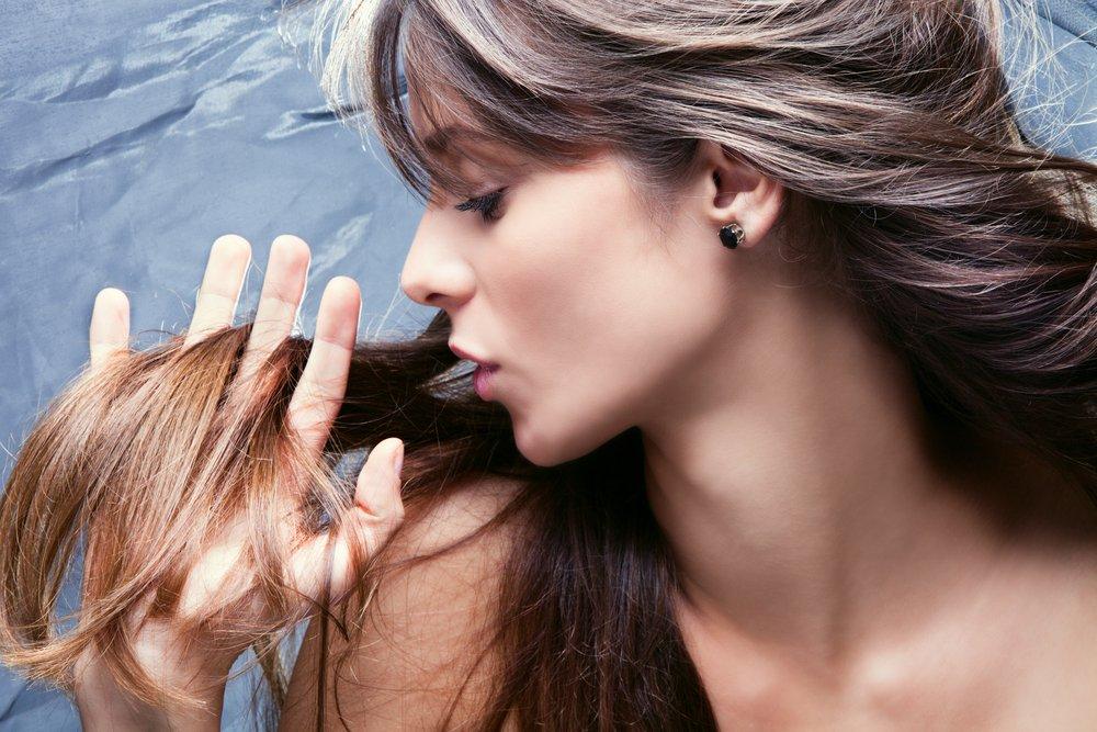 Sezonowe wypadanie włosów to problem nie jednej osoby