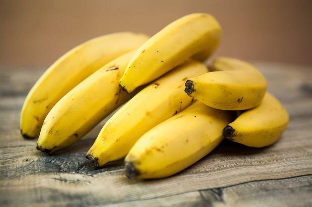 Właściwości bananów. Jakie witaminy zawierają? Ile mają kalorii? Czy mogą być elementem diety?