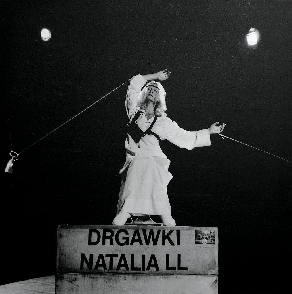 / Natalia LL 'Drgawki', 1981,  dzięki uprzejmości artystki.