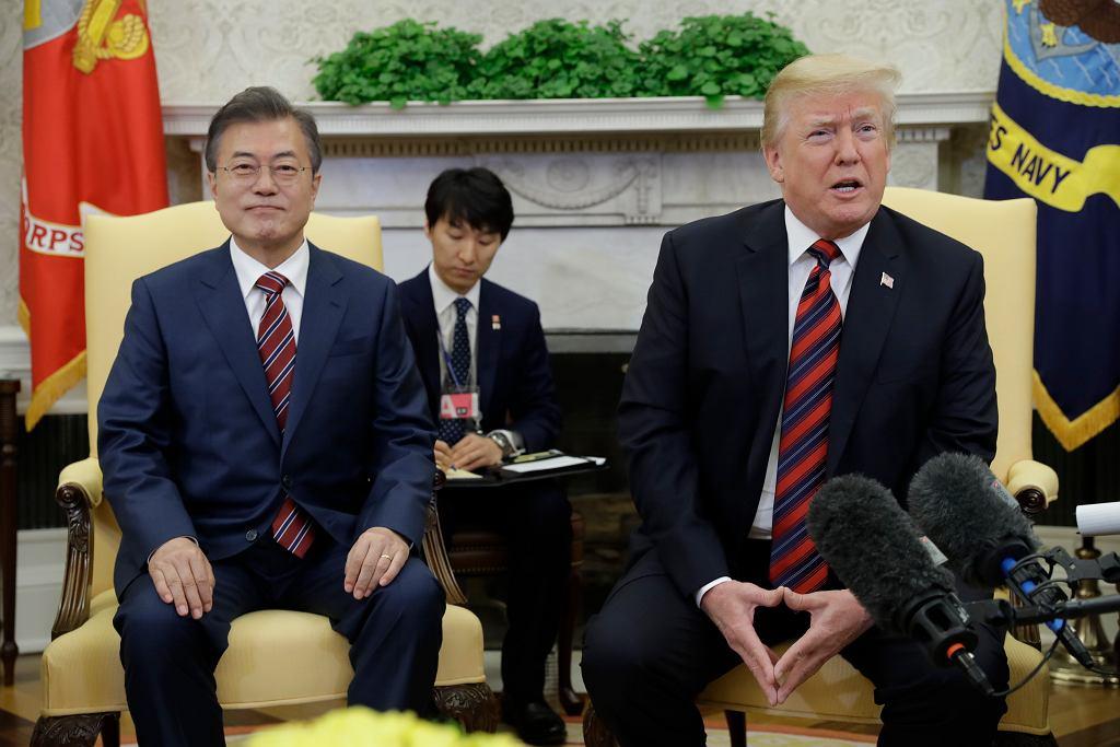 Prezydent USA Donald Trump i prezydent Korei Południowej Mun Dze In