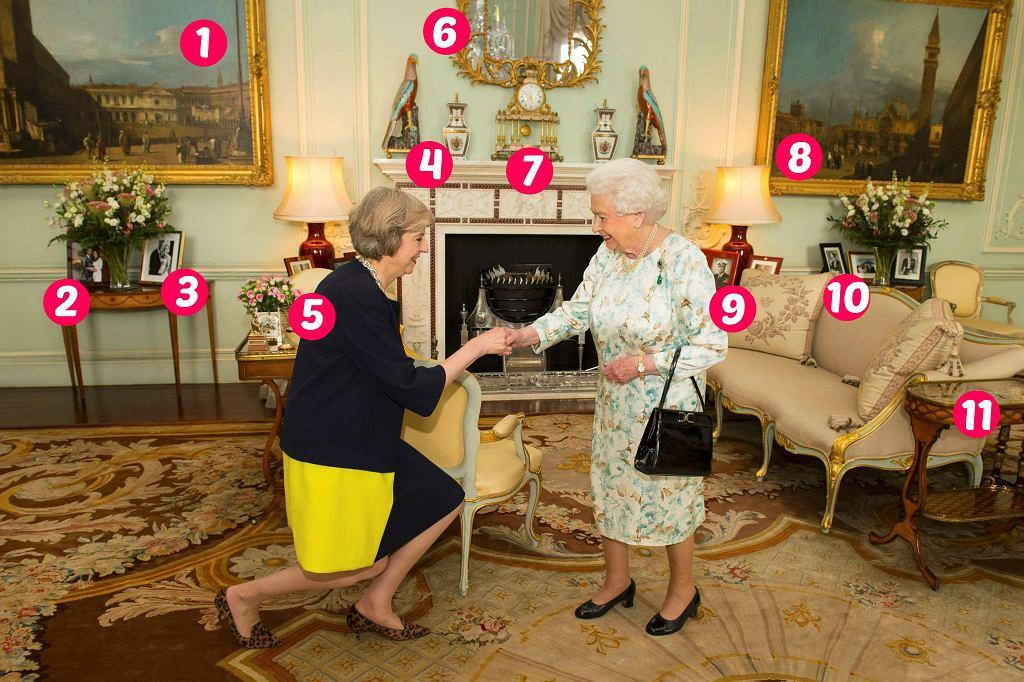 Theresa May i królowa Elżbieta