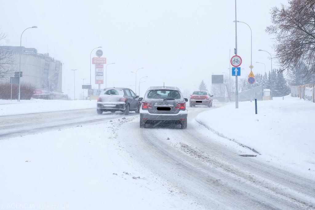 Pogoda. Do Polski wraca śnieg. Zdjęcie ilustracyjne