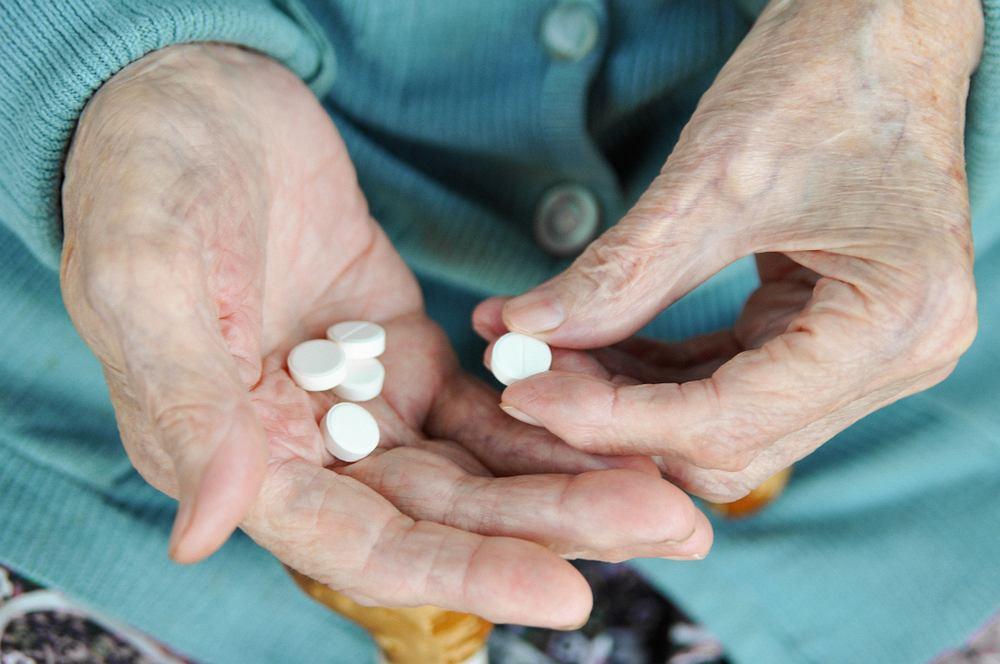 Suplementowanie wapnia może prowadzić u niektórych kobiet do większego ryzyka zachorowania na demencję