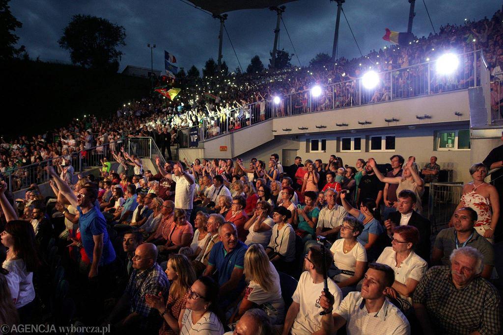 Kielce, 24 lipca 2016 roku, amfiteatr na Kadzielni. Koncert