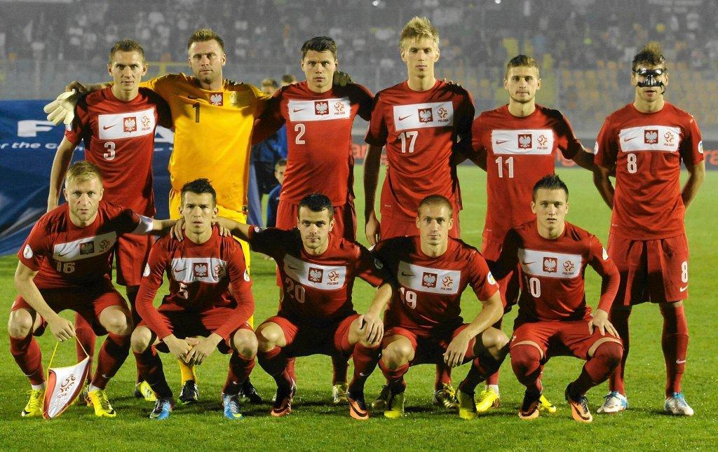 Reprezentacja Polski przegrała mecz o wszystko z Ukrainą 0:1 i straciła szanse na awans do mistrzostw świata w Brazylii. Wszystko wskazuje na to, że posadę selekcjonera po nieudanych eliminacjach straci Waldemar Fornalik. Kto może zostać jego następcą?