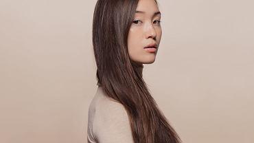 Jak często myć włosy, a może nie myć ich wcale? Czy detoks od szamponu służy włosom i skórze głowy?