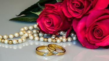 Życzenia na rocznicę ślubu - czego życzyć małżonkom w pierwszą i kolejne rocznice ślubu? Zdjęcie ilustracyjne