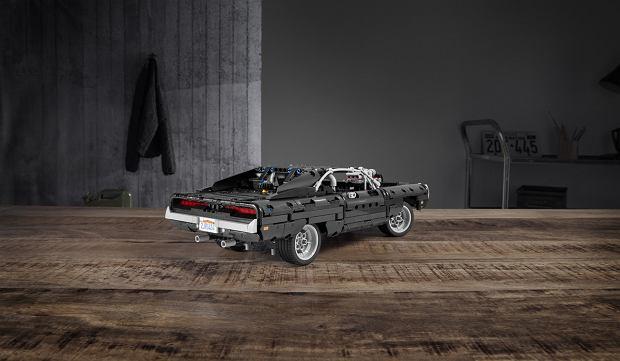 Dodge Charger Dominica Toreto z 'Szybkich i wściekłych' z LEGO