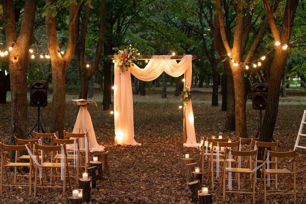 Dużą zaletą ślubów humanistycznych jest możliwość zorganizowania ich praktycznie w dowolnym miejscu
