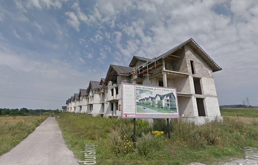Niedokończone bloki na ul. Bandurskiego w Krzeszowicach
