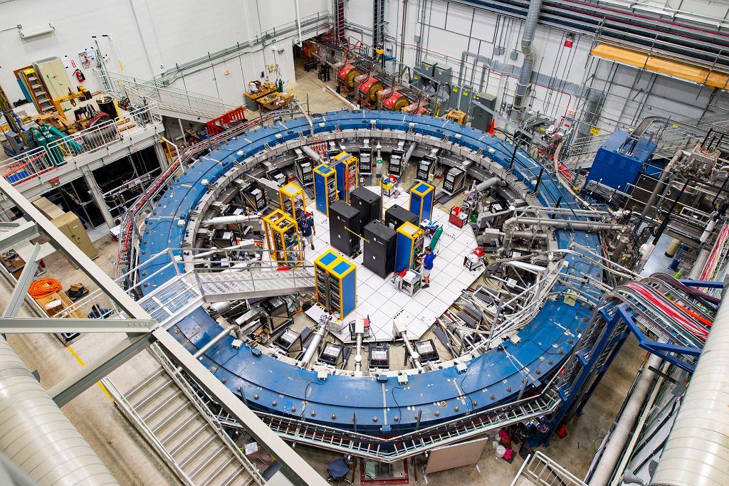 Pierścień Muon g-2 w Fermi National Accelerator Laboratory pod Chicago