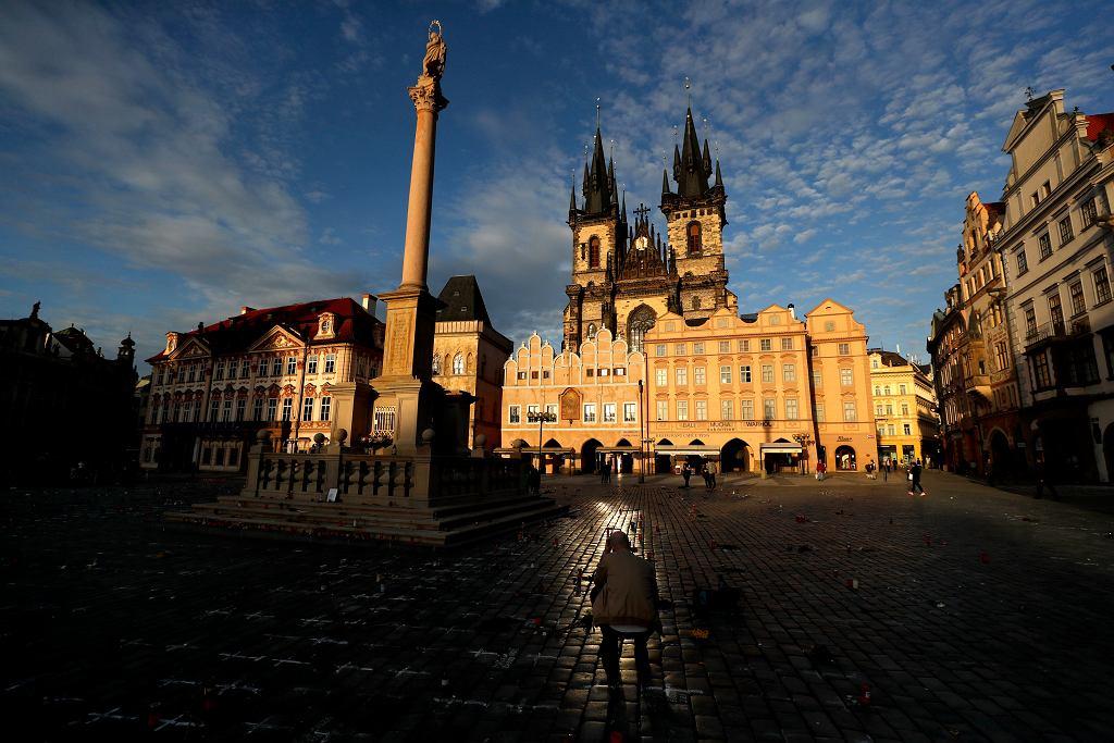 Upamiętnienie ofiar koronawirusa w Pradze, 29 marca 2021.