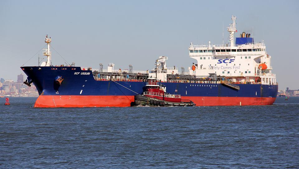 Białoruskie rafinerie pierwszy raz w historii będą przerabiać ropą naftową z USA. W czerwcu tankowiec amerykańskiej ropy naftowej dla Białorusi przypłynie do terminalu na Litwie.