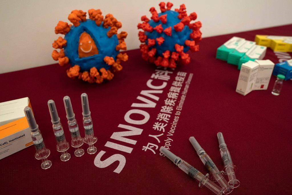 Europejska Agencja Leków rozpoczęła procedurę oceny chińskiej szczepionki przeciw COVID-19