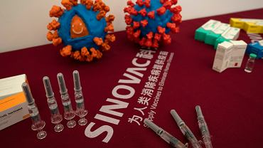 Koronawirus. EMA rozpoczęła procedurę oceny Sinovacu, chińskiej szczepionki przeciw COVID-19