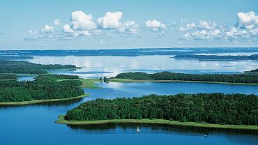 Jeziora Mazurskie - Jezioro Kisajno / fot. Paweł Szadkowski / BE&W